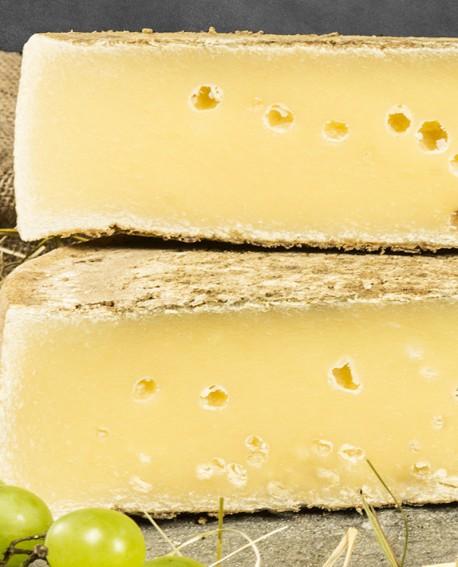 Crot valchiavenna di montagna latte crudo vecchio gran riserva meta 4kg stagionatura 300gg - Gildo Formaggi