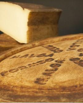 Malga Bormio latte crudo di montagna vecchio granriserva meta 4kg stagionatura 300gg - Gildo Formaggi